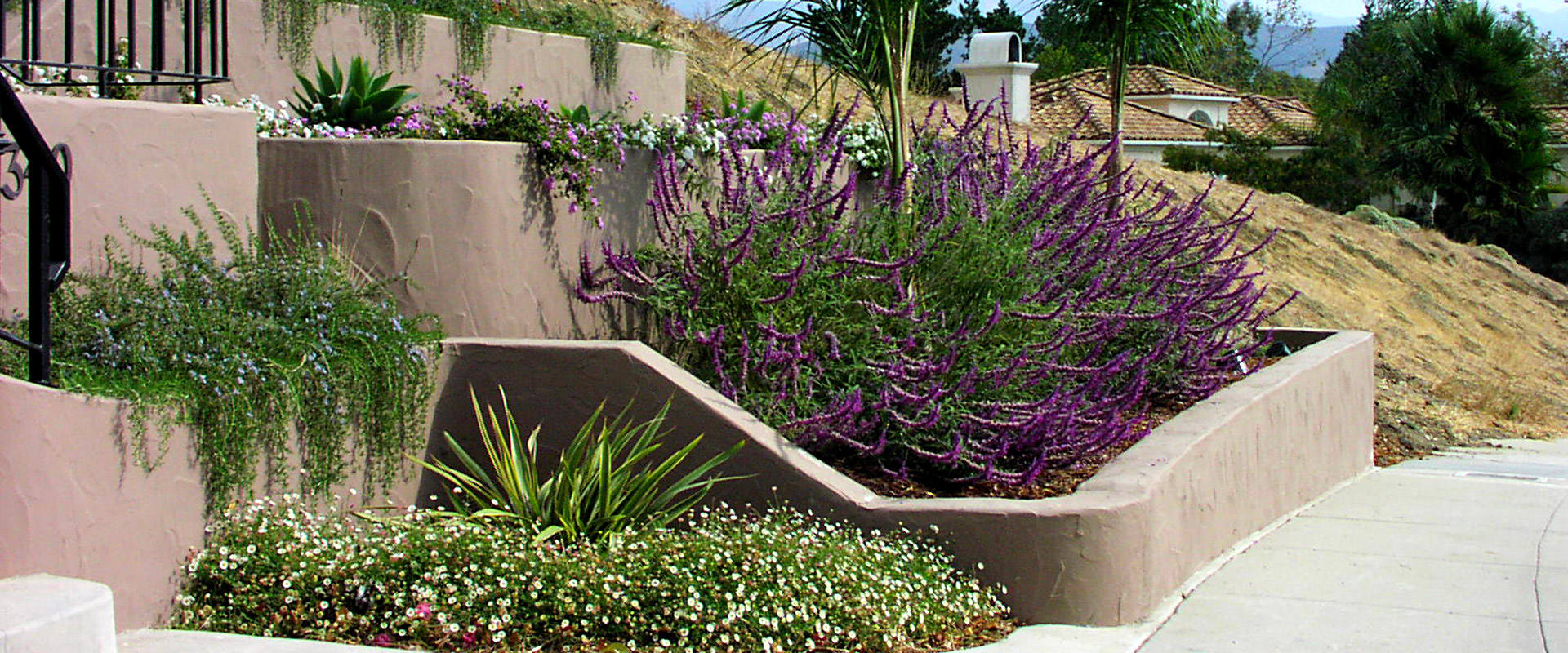 Earthscapes Landscaping Services Retaining Wall Banner
