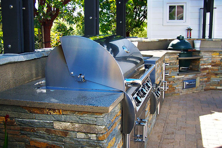 High Quality Expand Your Living Space With A Great Place To Entertain By Adding An Outdoor  Kitchen. We Offer A Multitude Of Designs For Outdoor Kitchens And Barbecue  ... Great Pictures