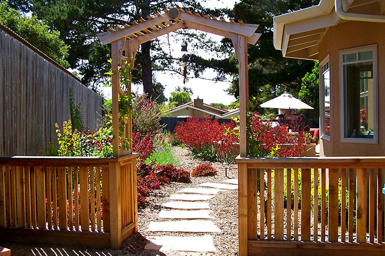 Earthscapes Landscaping Services Fences Gates Arbors