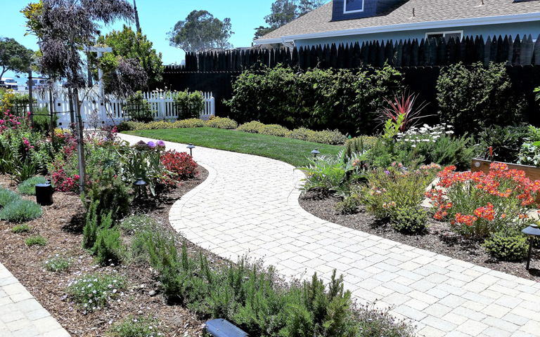 Earthscapes Landscaping Services Residential Maintenance